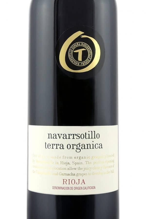 Close up of Terra Organica Rioja label
